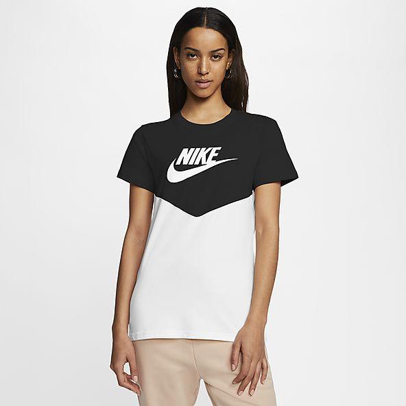 sportswear-heritage-short-sleeve-top-GS24vw